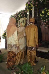 Mengapa ada pernikahan