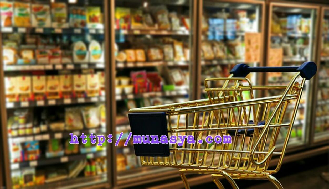 Troli Belanja di supermarket