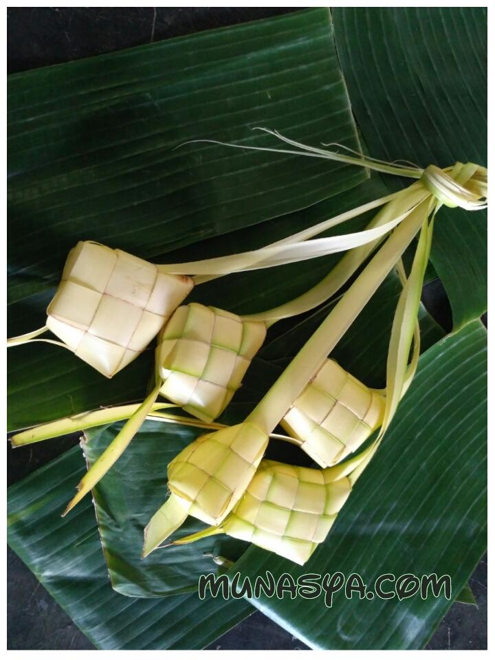 Tradisi Kupatan di Lamongan