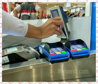 Pengalaman Penggunaan Uang Elektronik Dalam Era Ekonomi Digital