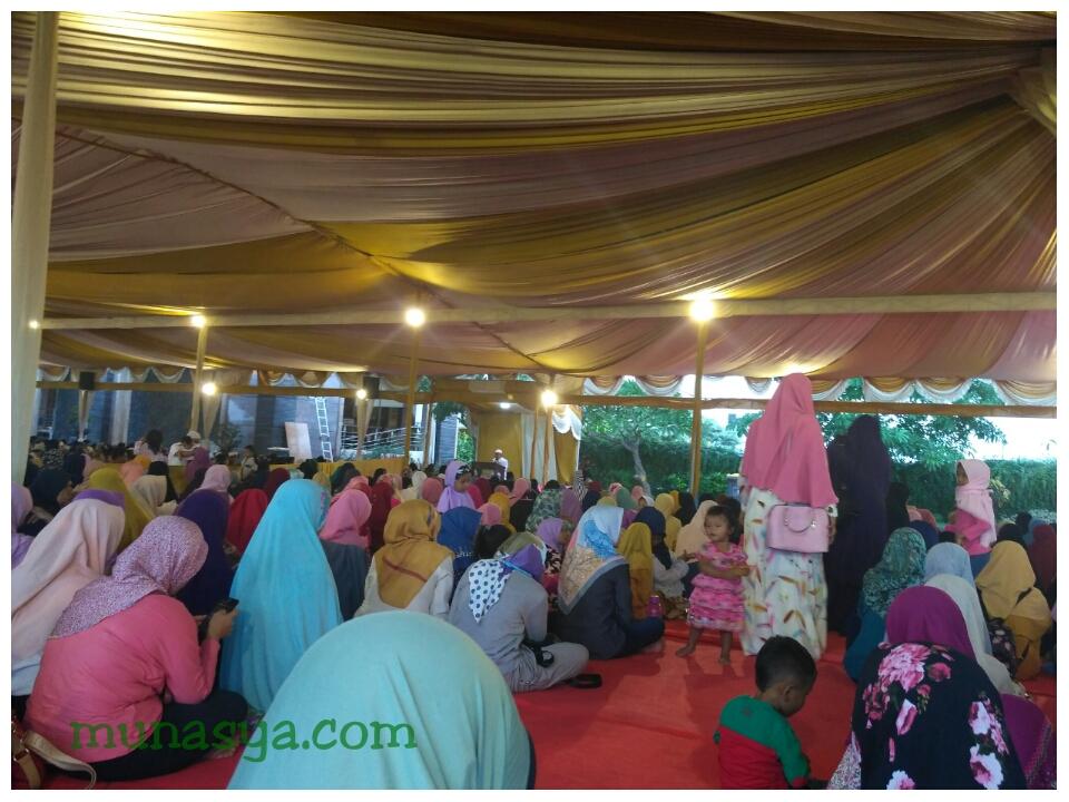 Pengajian Masjid Namira