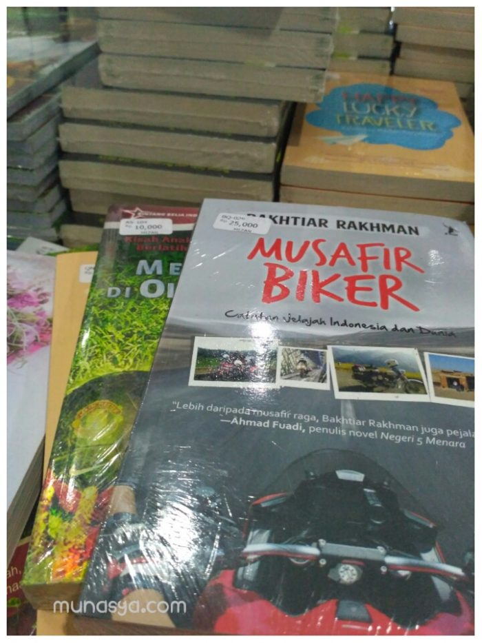 Buku di BBW Surabaya