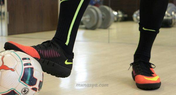 merawat Sepatu Futsal