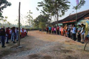 Apel pagi dan perkenalan all relawan
