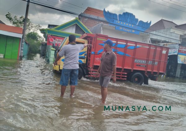 Cerita Banjir di Desaku : Penyebab Banjir